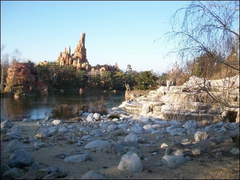 http://anadyomene.cowblog.fr/images/DisneyLand/2010341.jpg