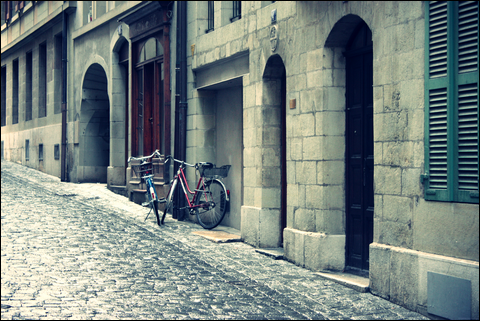 http://anadyomene.cowblog.fr/images/Geneve/105JPG.png